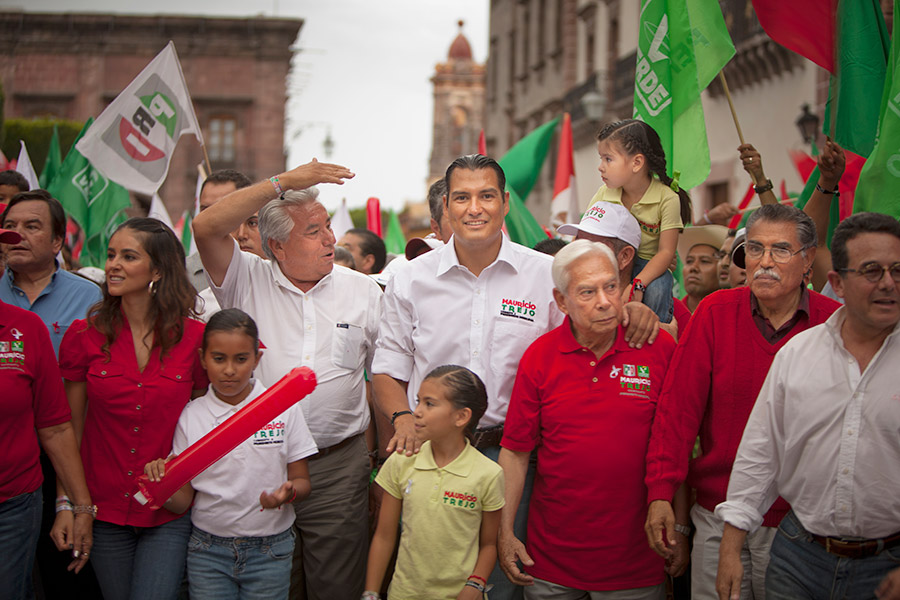 Mauricio Trejo, from the centrist (and historically corrupt) PRI party, is the eventual winner of the race for municipal president of San Miguel.